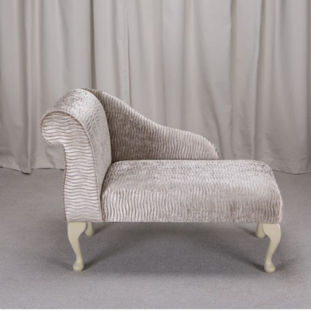 "41"" Mini Chaise Longue in a Sand / Gold Rippled Fabric - FANT101"